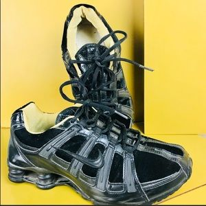 Nike Black Patent and Velvet NZ Shox Size 8.5